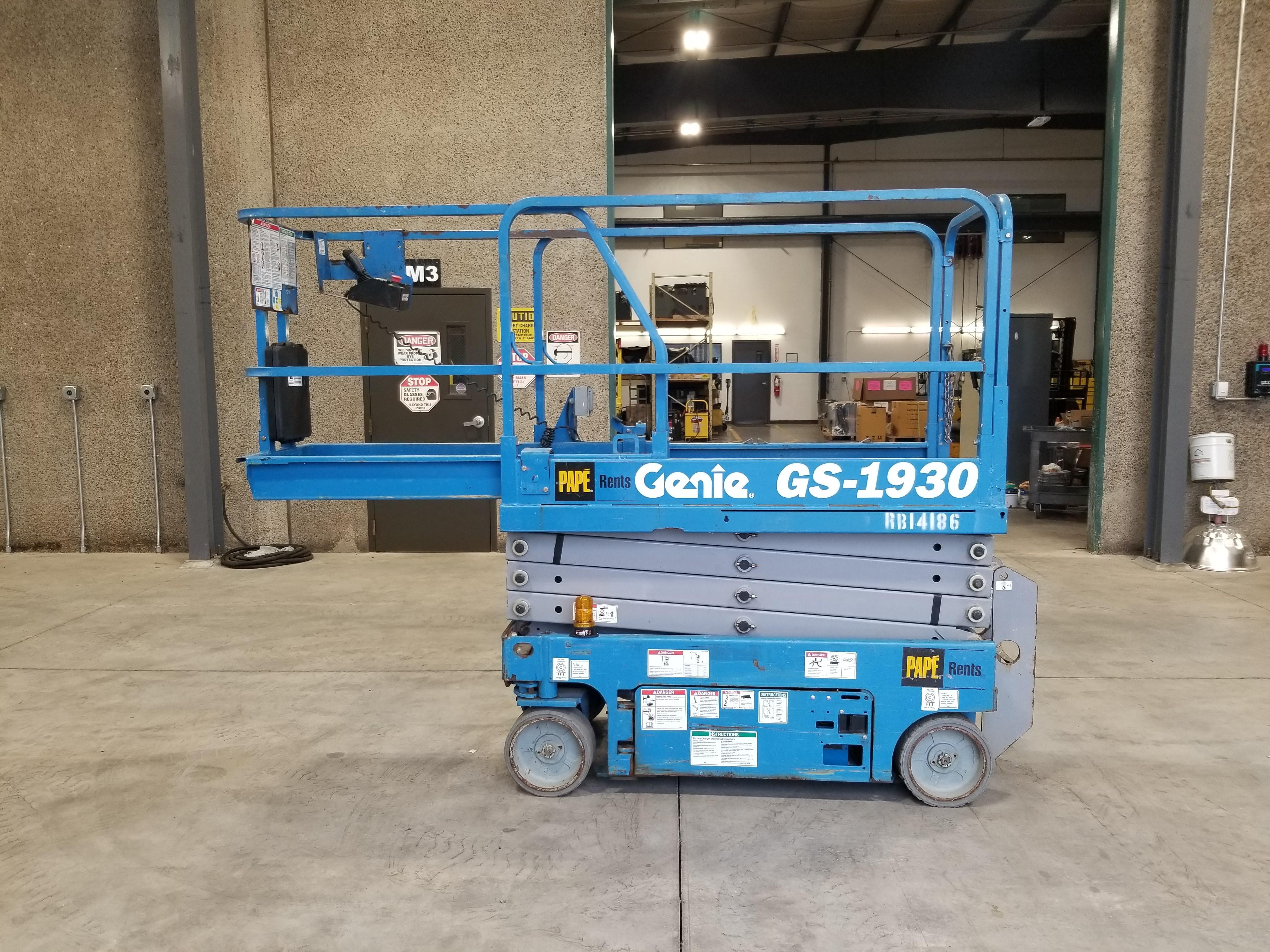 2014 Genie GS1930