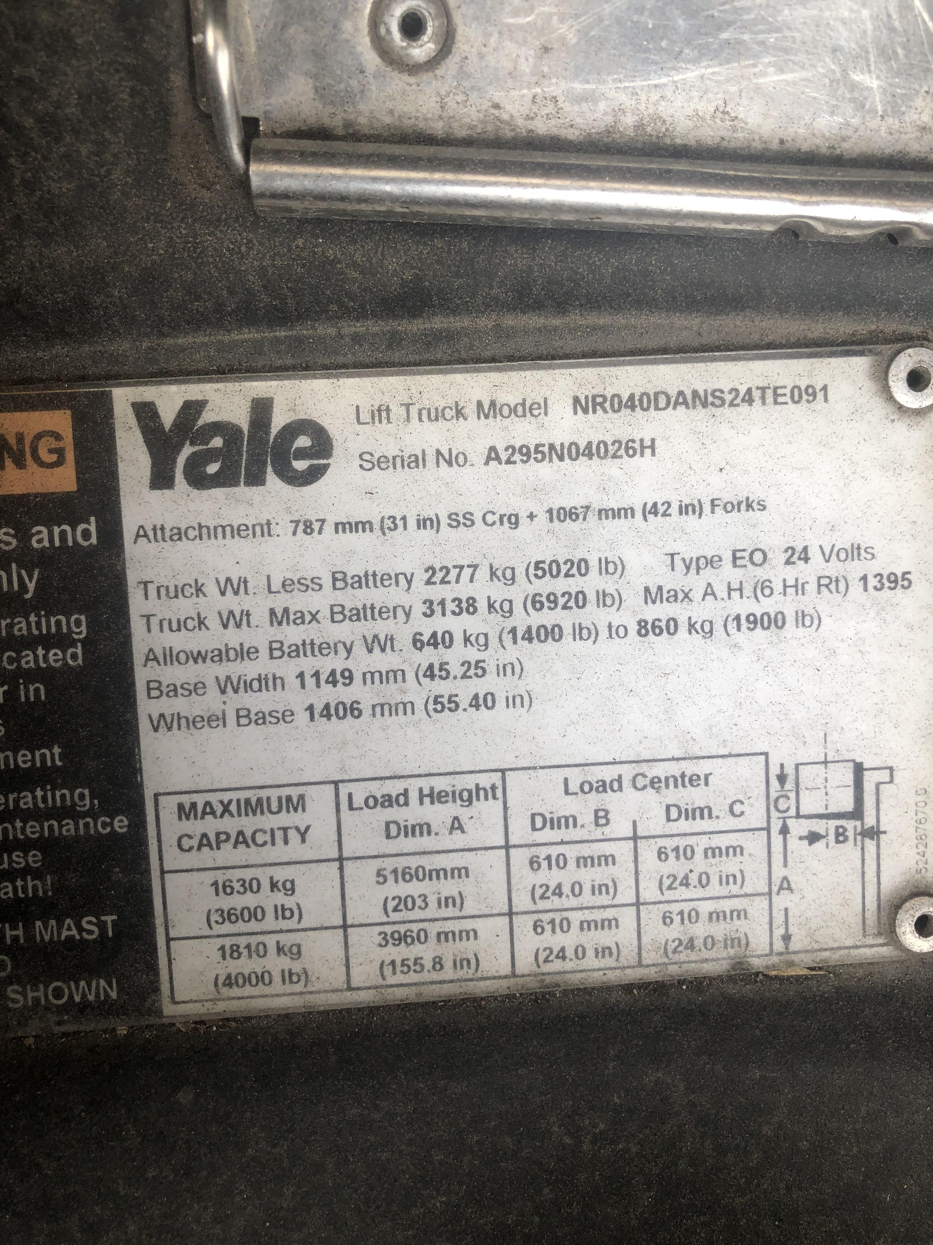 2010 Yale® NR040
