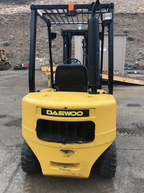 2004 Daewoo D25S-3