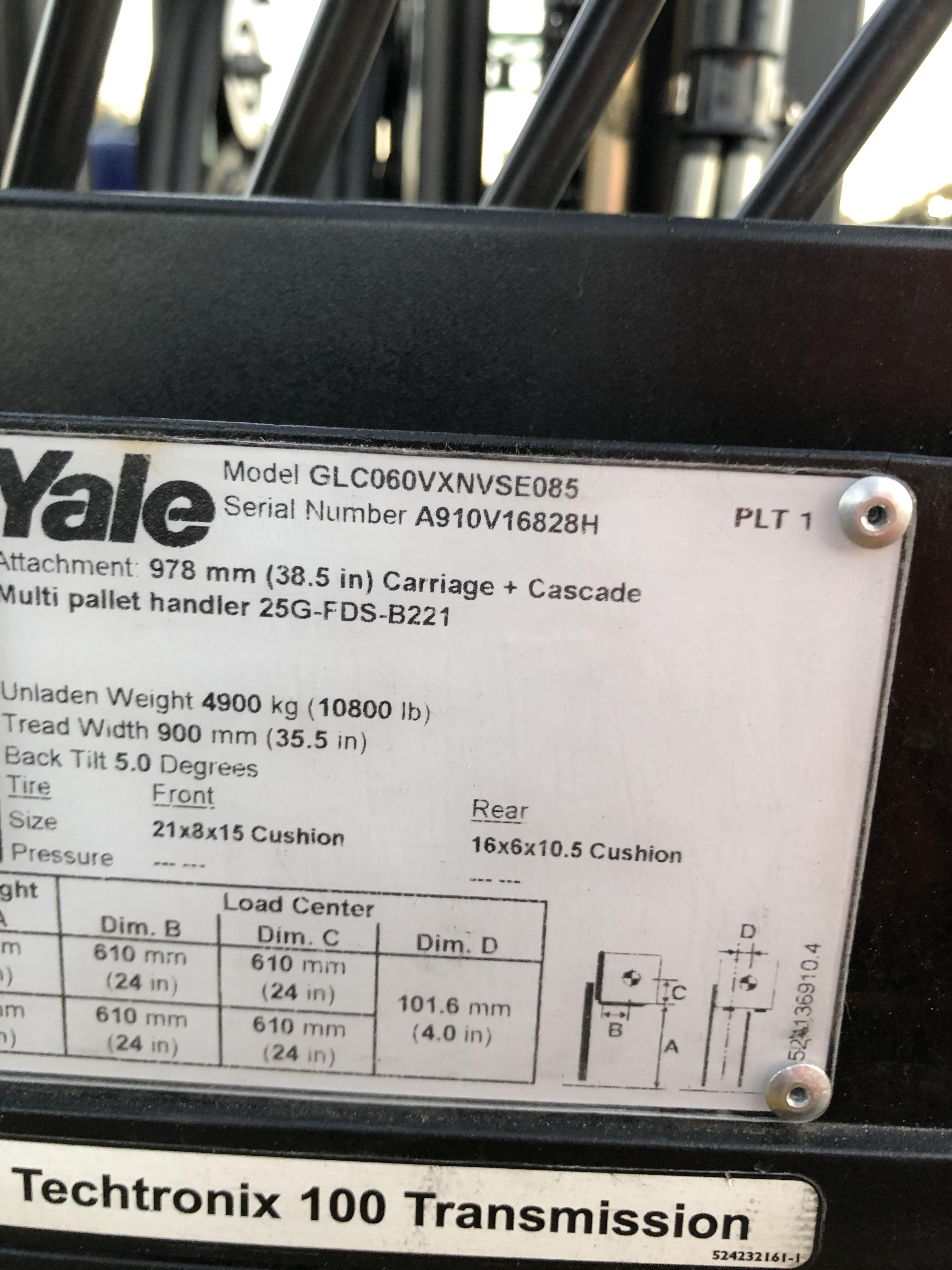 2010 Yale GLC060