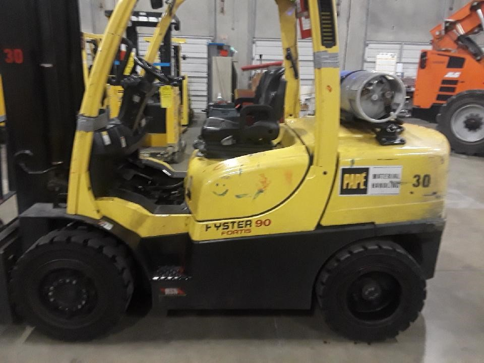2017 Hyster H90FT