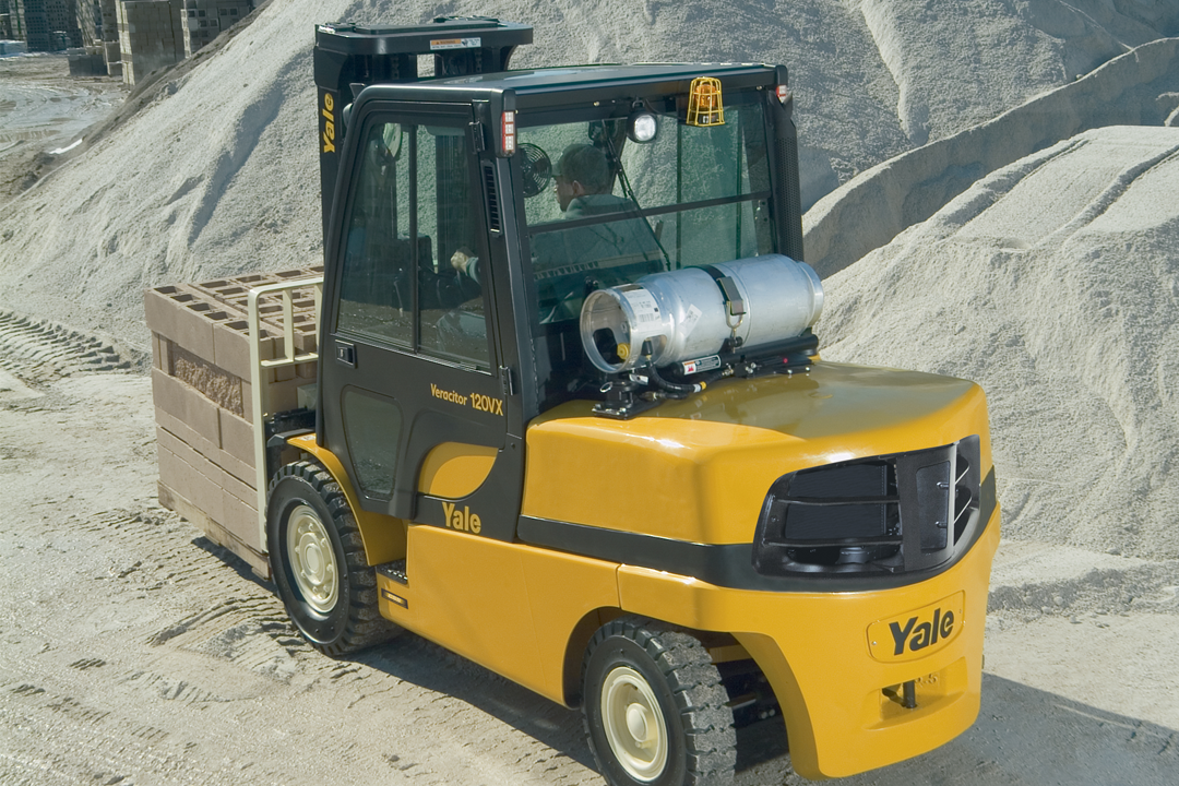 Yale GP080-120VX